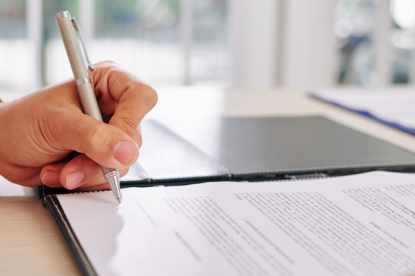 Assurance auto : les pièges à éviter à la signature du contrat
